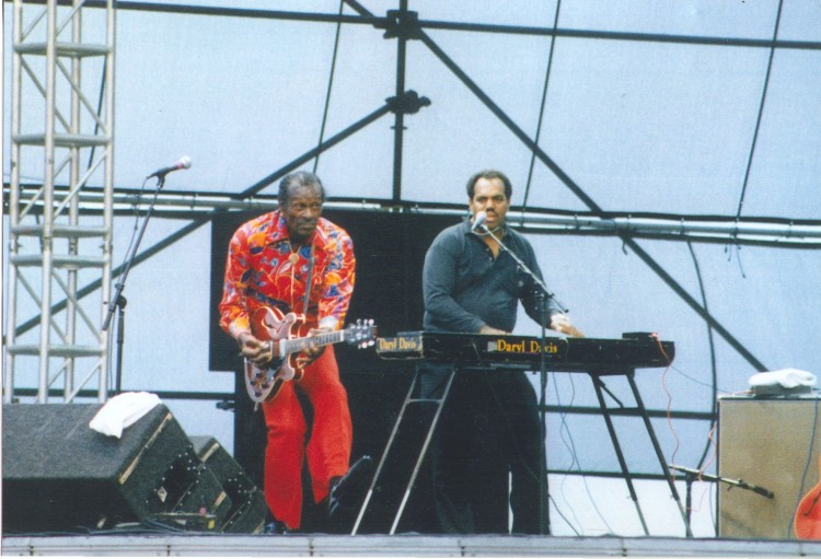 Daryl Davis on keyboards playing with Chuck Berry