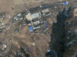 The Tae-sung Machine Factory (a.k.a., Chamjin Missile Factory) is North Korea's primary manufacturer of ballistic missiles, conducting final assembly of components and sub-systems it has produced or from those supplied to it from other facilities and sources. While the primary responsibility for the development of the Taepodong and Unha systems lies with the No. 7 Factory of the Second Academy of Natural Sciences (SANS), the Tae-sung Machine Factory has been associated with the production phase of these systems. Includes satellite imagery from DigitalGlobe's Analysis Center. (KPA Journal/Joseph S. Bermudez Jr.)
