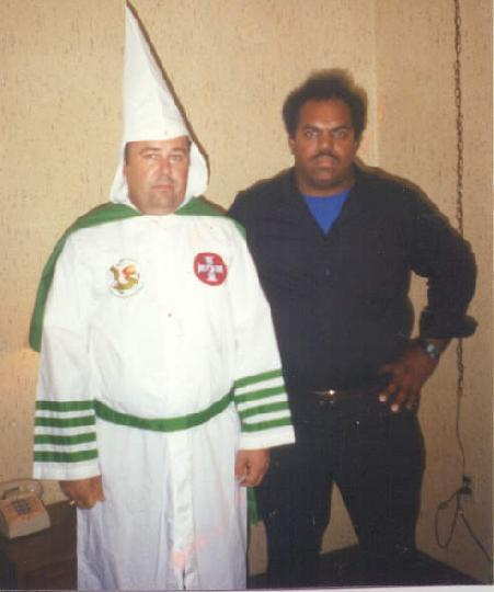 Daryl Davis with another Klan leader Roger Kelly in the 1990