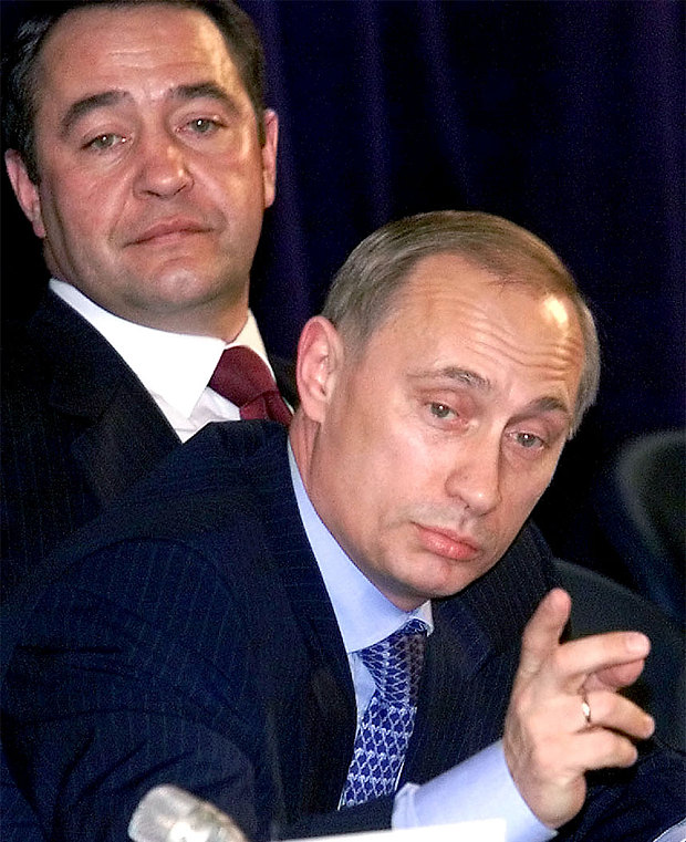 Mikhael Lesin with Putin in more pleasant times